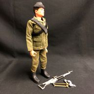 ACTION MAN - COMMANDO  with gripping hands (ref5))